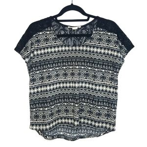 ANTHRO Staring at Stars lace shoulder printed top